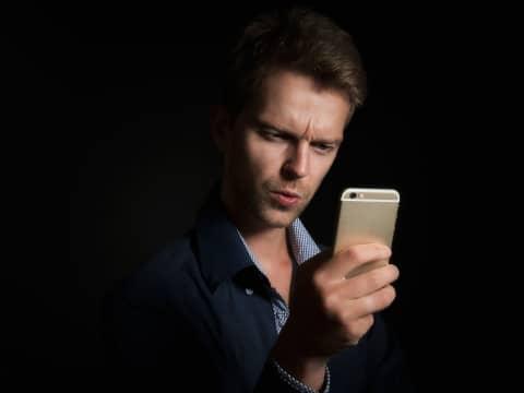 OmaPosti huijausviestit kiusaavat niin Android kuin iPhone käyttäjiä